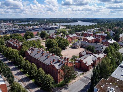 Suomen_Kasarmi_2_kivitaloinfo